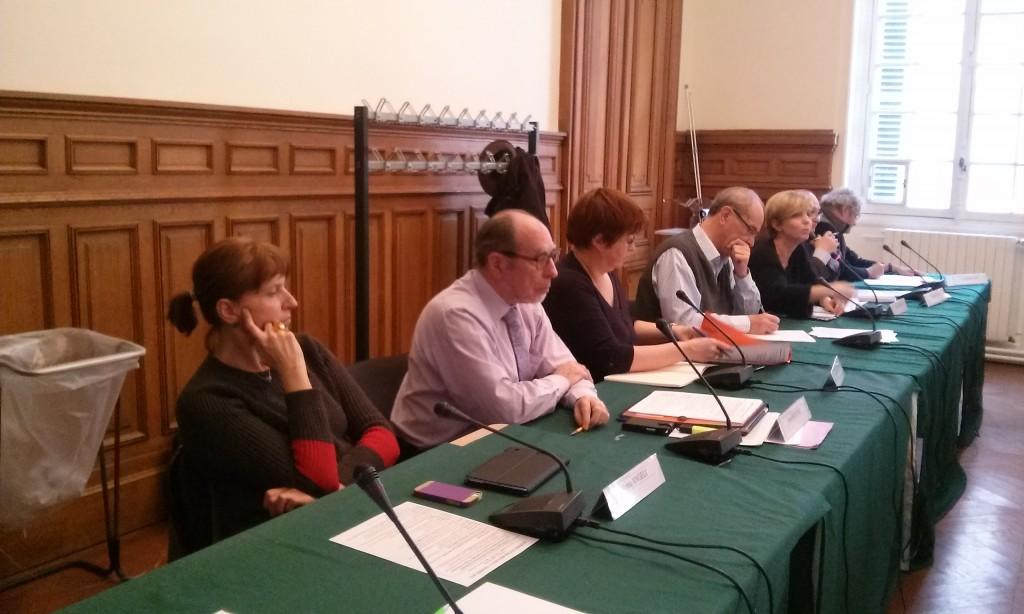 De gauche à droite : Anna ANGELI, Jean ROUCOU, Sylvie FROMENTELLE, Jacques GUYARD, Hélène HANNOIR, Bruno RACINE, Alain BOLLON